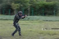"""直击""""酷热""""练兵场!ag电子游戏哪个最会爆武警官兵的训练高燃瞬间"""