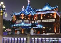 上海雨夜美