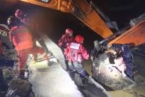 西林突降暴雨致施工人员被困 消防紧急疏散142人