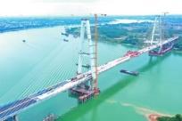 21日焦点图:荔玉高速传新进展 预计年底全线通车