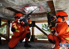 地震及绳索应急救援骨干培训