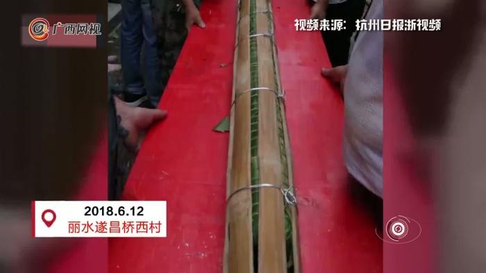 近7层楼高!浙江遂昌50人耗时13小时包出20.18米长粽子