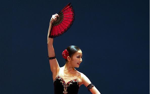 上海国际芭蕾舞比赛进入决赛阶段