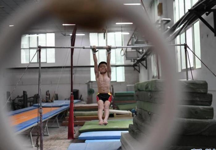 体操房里的夏天