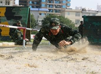 武警支队开展比武竞赛