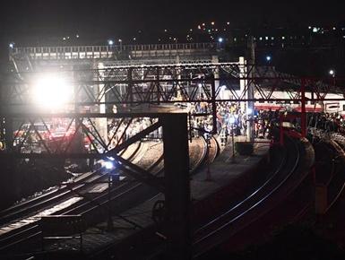 台湾铁路事故已致17人死亡