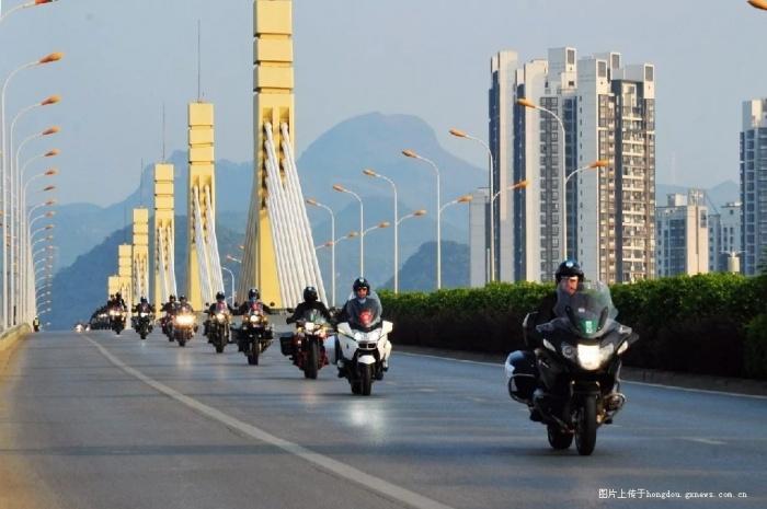 """""""环广西""""车队已到柳州 车手们的帅气先睹为快"""