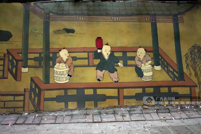 """高清:南宁这条""""网红街"""" 花灯""""贴""""上墙还不会打烊"""