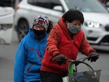 内蒙古多地出现空气污染