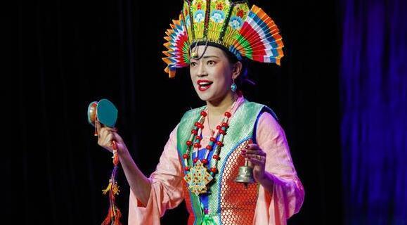 藏戏面具晚会在拉萨公演