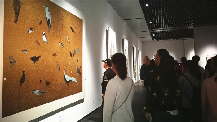 情系粤桂 广州画院中国画作品邀请展在邕揭幕