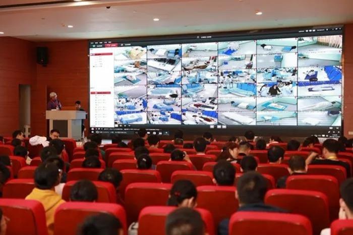 首届广西住院医师规范化培训临床技能竞赛成功举行