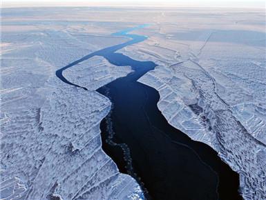 冰封青海湖 雪浴金银滩