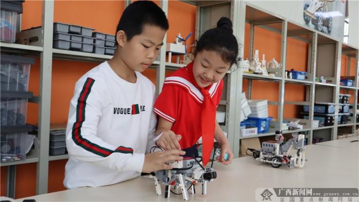 2019年全国中小学创客教育论坛在南宁举行(图集)