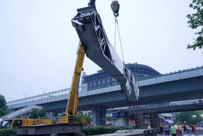 杭州天桥撞塌事故后续