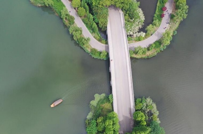 江蘇:尚湖景色美如畫