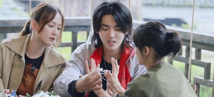 吴亦凡和张子枫的互动被赞温馨