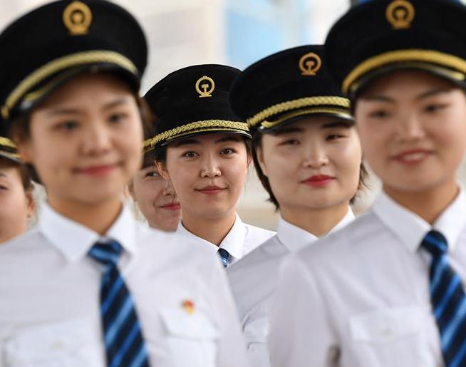 國內鐵路將迎來首批女動車組司機