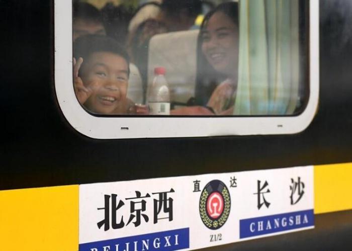 """""""毛澤東號""""機車迎來安全走行1100萬公里"""