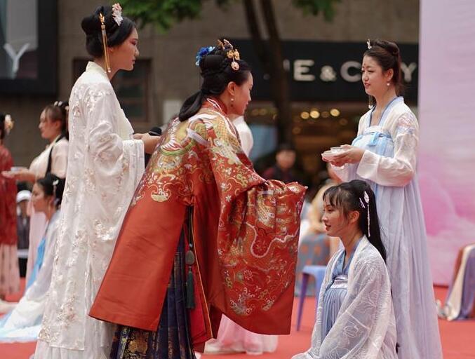 傳統服飾過七夕