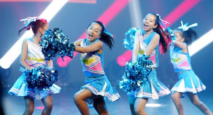 上海举办市民流行舞比赛