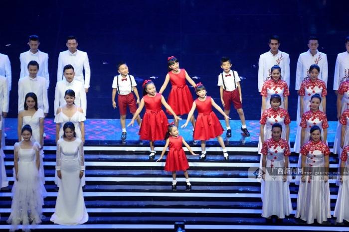 """高清:南宁国际民歌艺术节开演 以歌会友点赞""""绿城"""""""