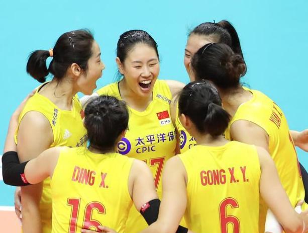 女排世界杯:中国队战胜美国队