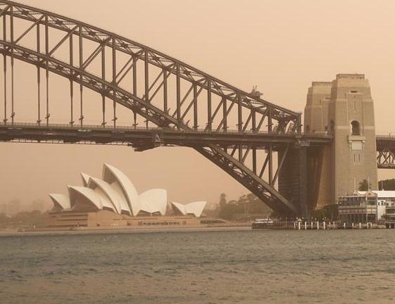 新南威尔士州林火逼近悉尼