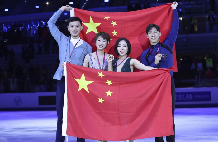 花样滑冰大奖赛总决赛:中国选手包揽双人滑金银牌
