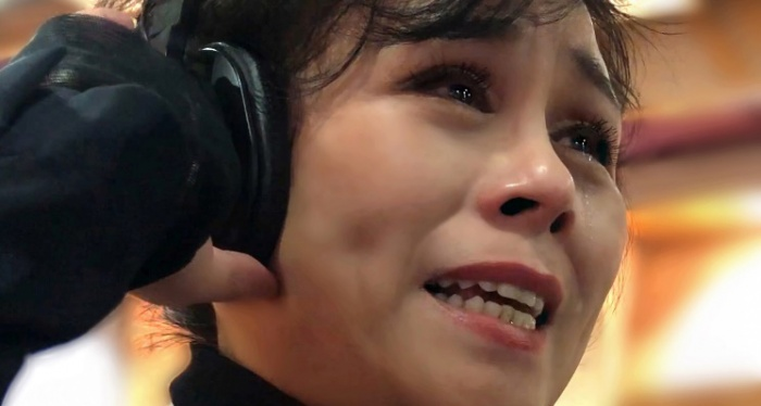 李瑛唱《天使情怀》为医务人员加油