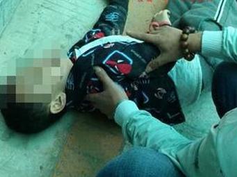 柳州一男孩砸穿遮阳棚掉到地下车库