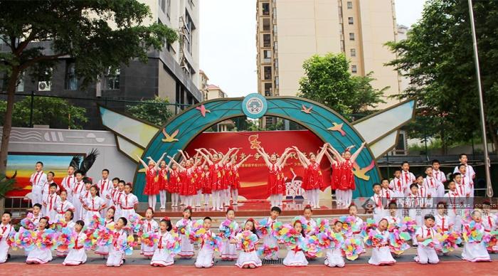 南宁市翡翠园学校:育美润心 美育育人