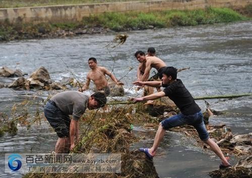 田阳:返乡农民工助力美丽乡村建设