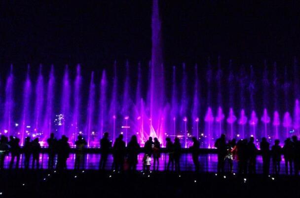 白石湖音乐喷泉夜景