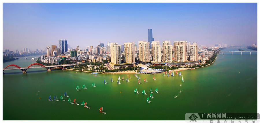 柳州新成就摄影大展获奖结果揭晓 三级收藏品展示