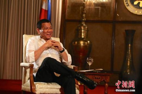 菲律宾总统提交2018年度预算案