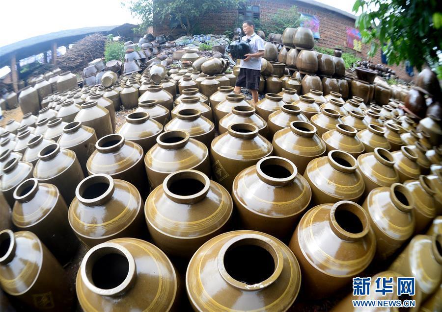 蒋太华和他44年的陶艺人生