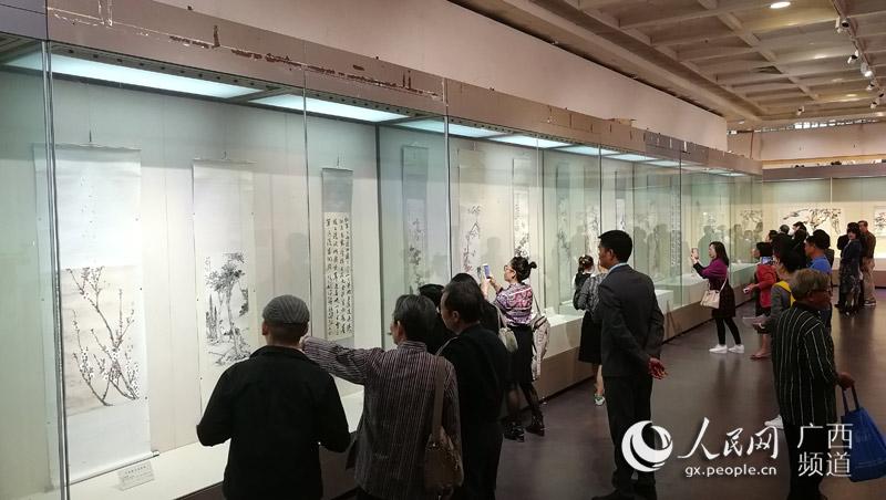"""""""万里遗风——马家三代书画精品展""""广西博物馆开展"""