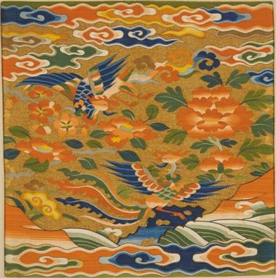 彩凤来仪穿百花:丝织文明中的平安富贵寓意