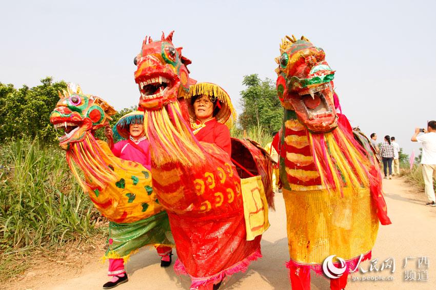 崇左市江州区:民俗文化大巡演好戏连连