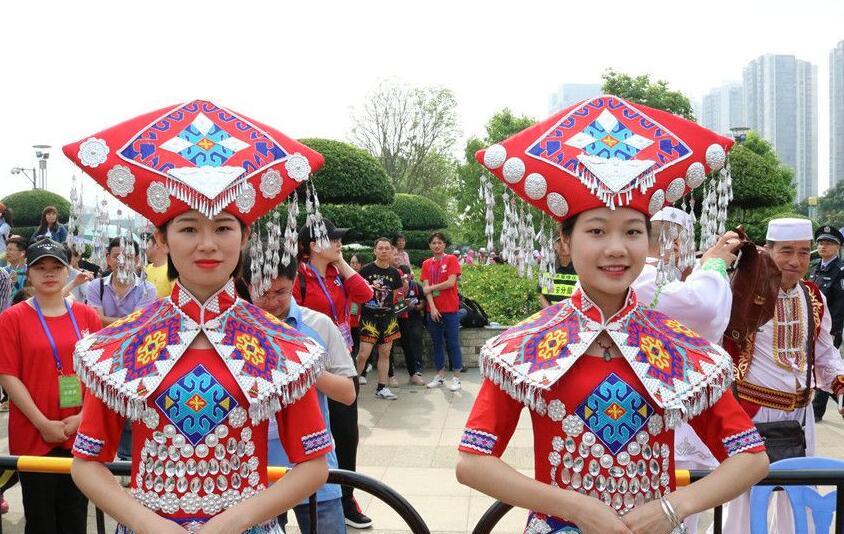 壮族三月三・民族体育炫 广西体育庙会在来宾开幕(组图)