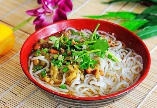 龙州传统生榨粉:原始风味最诱人
