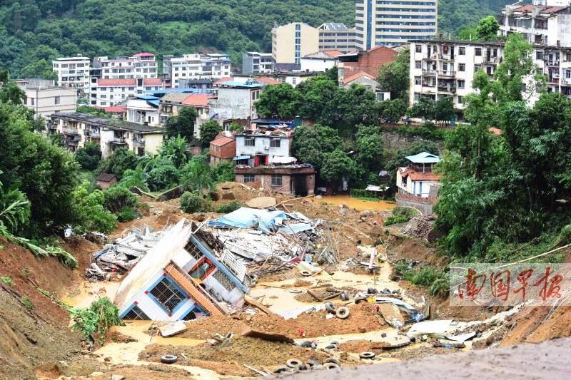 6月25日焦点图:广西遭遇大范围强降雨袭击