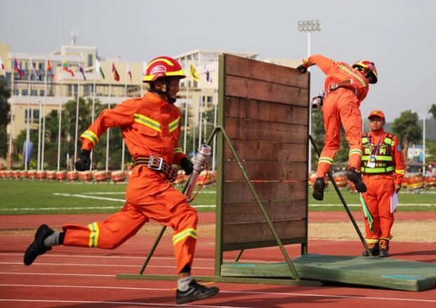 高清:消防大比武 广西代表队捷报频传