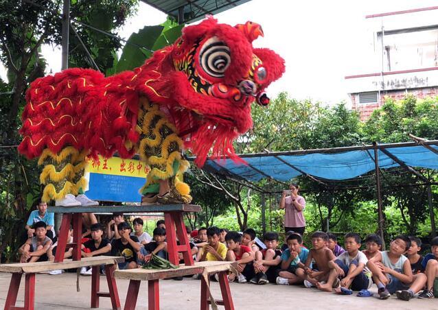 """国家级非遗传承人邓明华:名扬四海的""""东方狮王"""""""