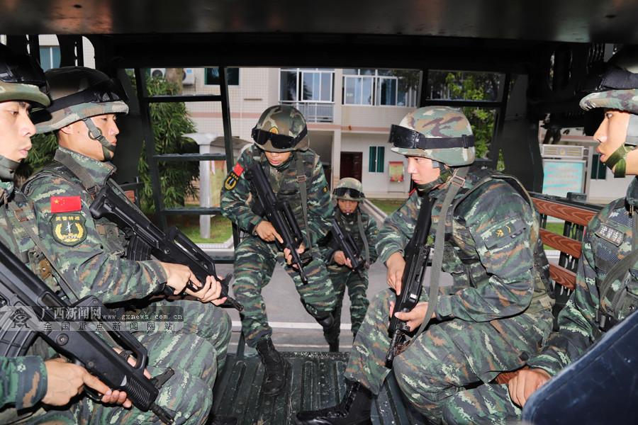 高清组图:武警官兵厉兵秣马 备战东博会峰会安保
