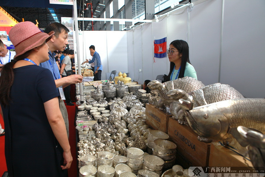 柬埔寨馆:西港特区吸引投资 茉莉香米受欢迎(图)