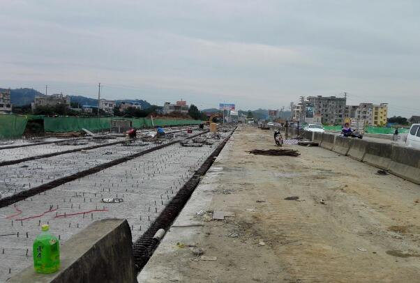 灵山钦江大桥新进展