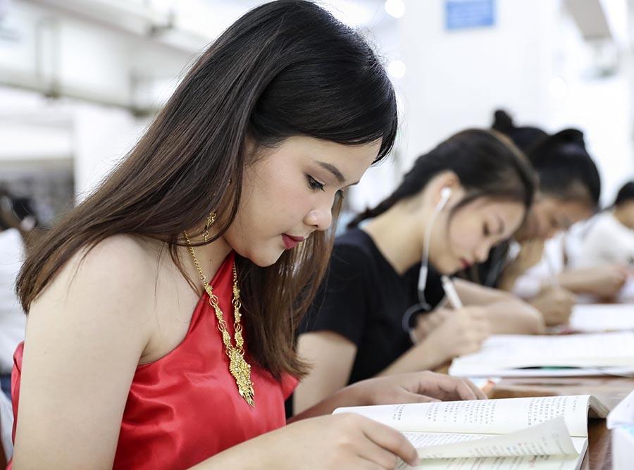 爱上银河开户爱上银河注册¡ª¡ª在桂东盟留学生的快乐生活