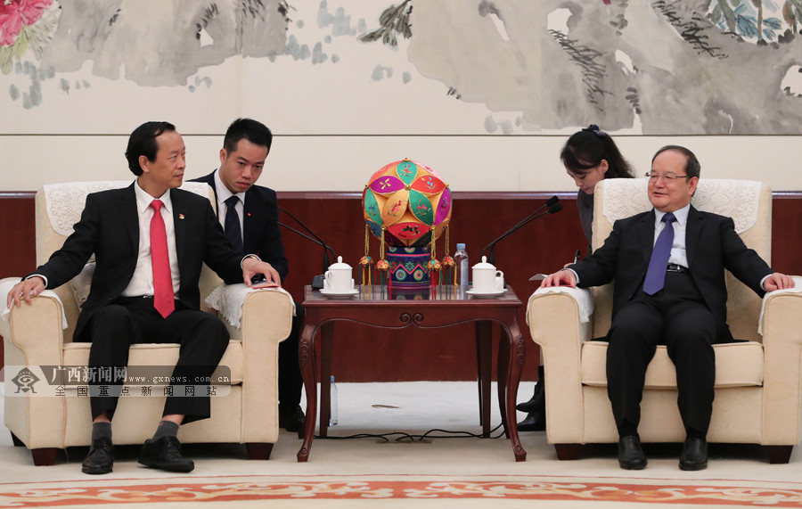 越南谅山省代表团访问广西(图)